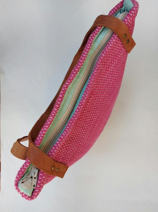 Geanta handmade model roz [3]