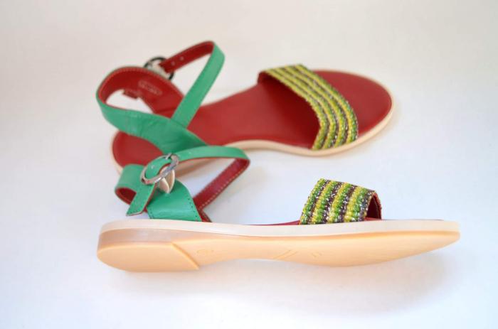 Sandale țesute manual [3]
