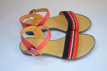 Sandale țesute manual [1]