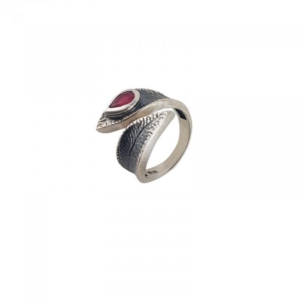 Inel Argint 925% cu piatra rubinie si aspect vintage [1]