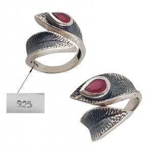 Inel Argint 925% cu piatra rubinie si aspect vintage [2]