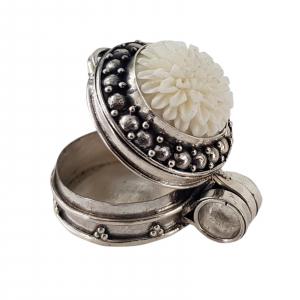 Medalion Argint 925% care se deschide Ivory [1]
