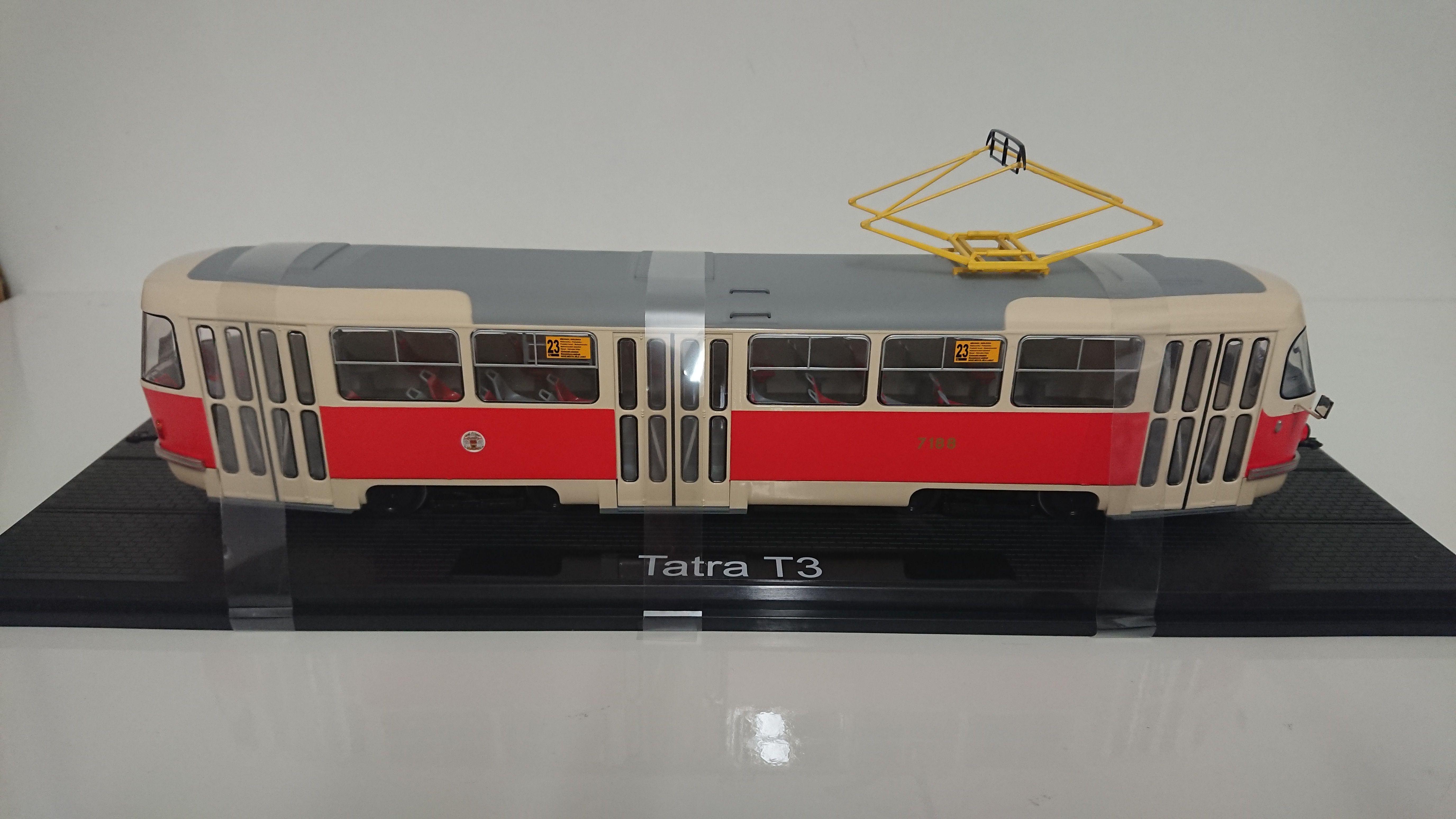 Macheta tramvai Tatra T3, scara 1:431