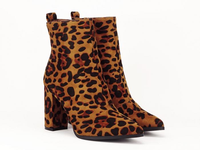Botine cu imprimeu leopard si toc gros Inna 2