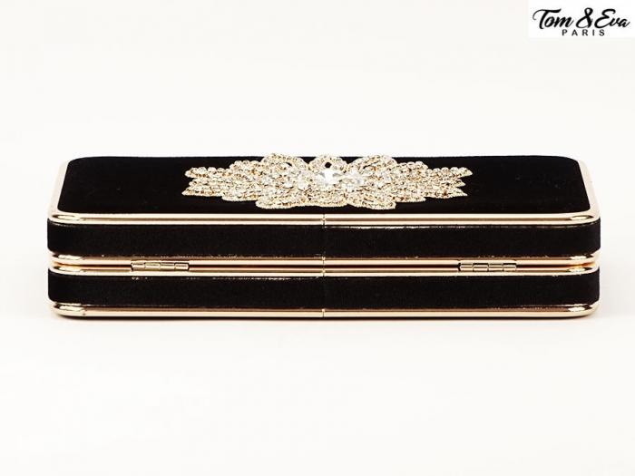 Geanta clutch negru cu brosa superba Beauty 5