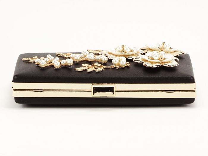 Geanta clutch negru decorat cu flori 3D Verona 5