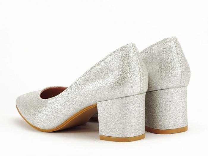 Pantofi de dama argintii cu toc comod Aura 3