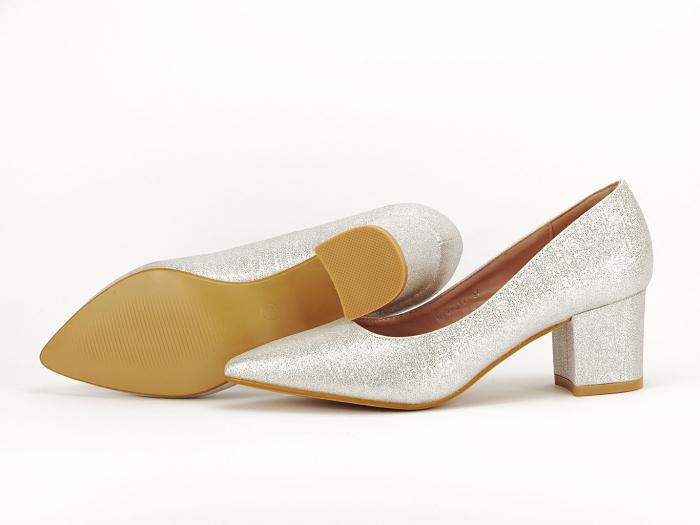 Pantofi de dama argintii cu toc comod Aura 7