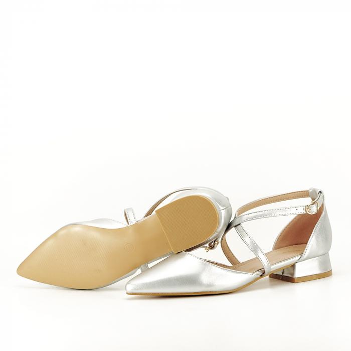 Pantofi argintii cu toc mic Carmen 6