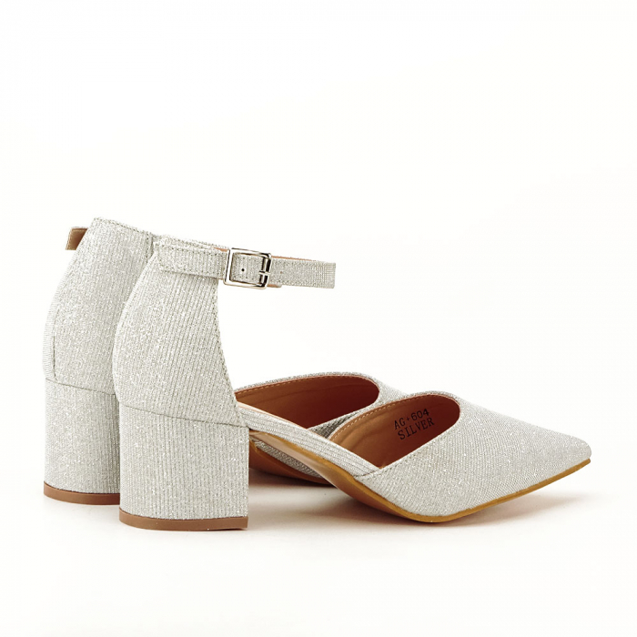 Pantofi argintii decupati lateral Casandra [4]