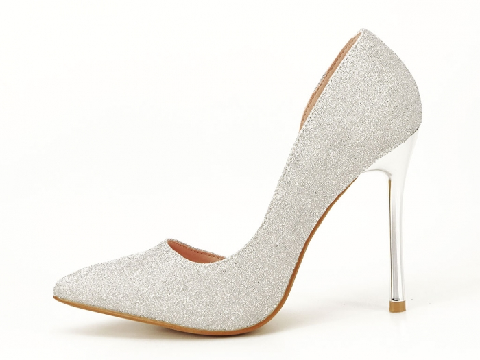 Pantofi argintii eleganti decupati lateral Dream 1
