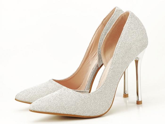 Pantofi argintii eleganti decupati lateral Dream 0