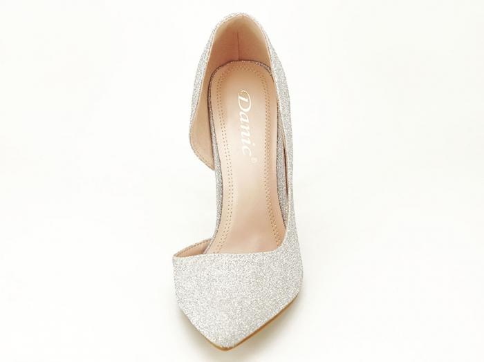 Pantofi argintii eleganti decupati lateral Dream 4