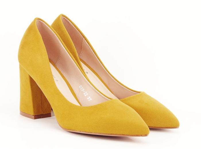 Pantofi din velur galben mustar cu toc gros Anais 1