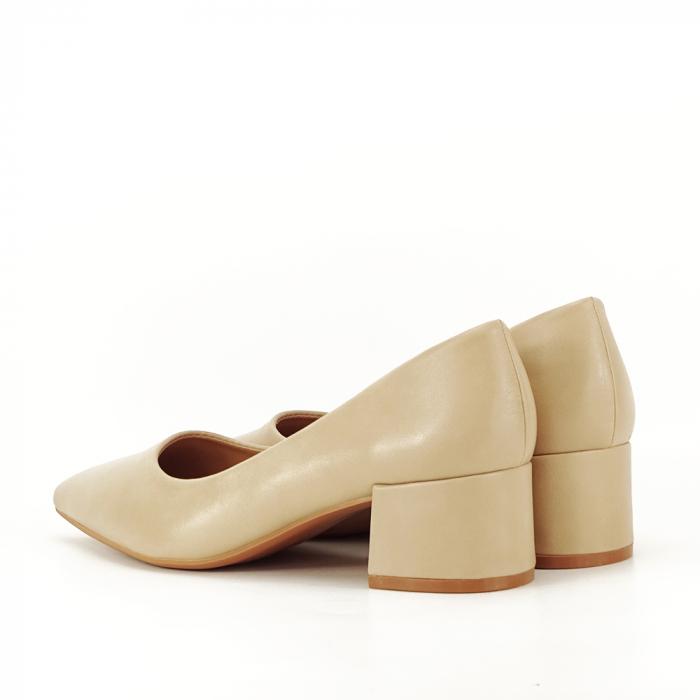Pantofi bej Anita 4