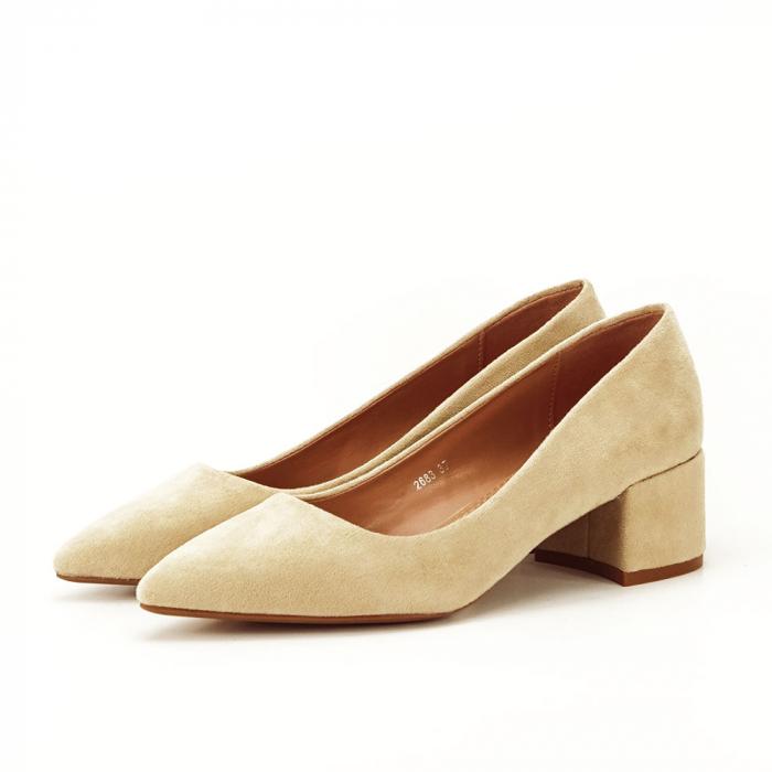 Pantofi bej cu toc mic Carla [1]
