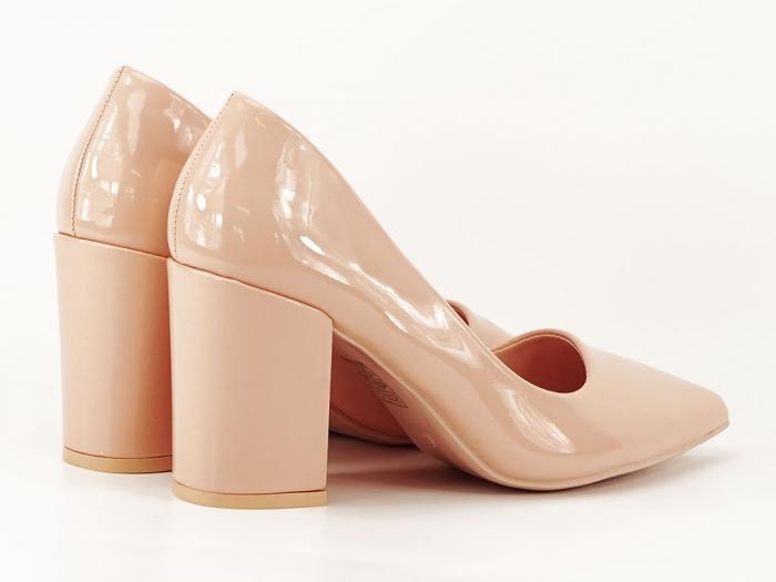 Pantofi bej dama de lac cu toc gros Iris 3
