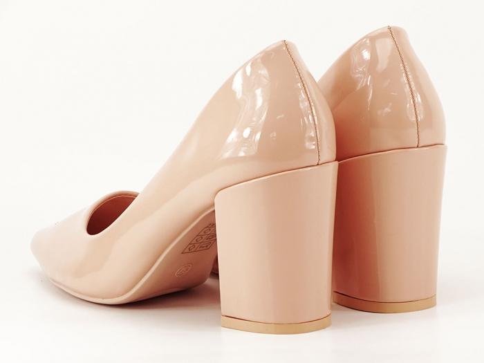 Pantofi bej dama de lac cu toc gros Iris 5