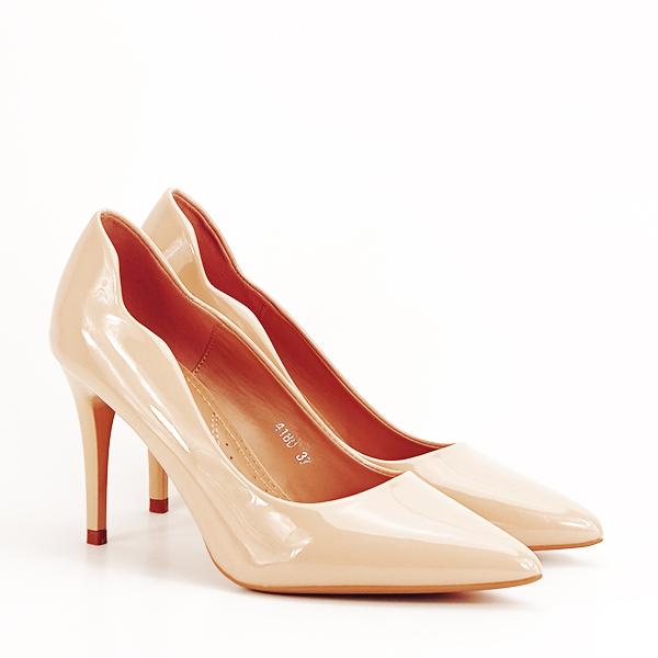Pantofi bej lacuiti Tiffany [2]