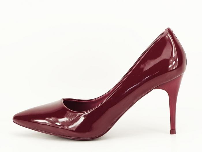 Pantofi bordo de lac cu toc mediu Helga 0