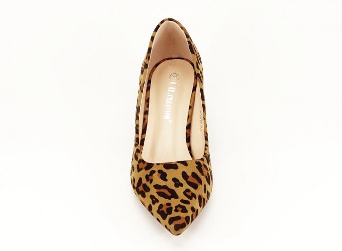 Pantofii dama print leopard cu toc mic si varf ascutit Cristina 4