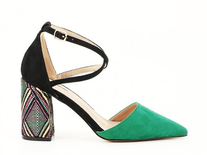 Pantofi decupati lateral cu toc mediu Etnica 7