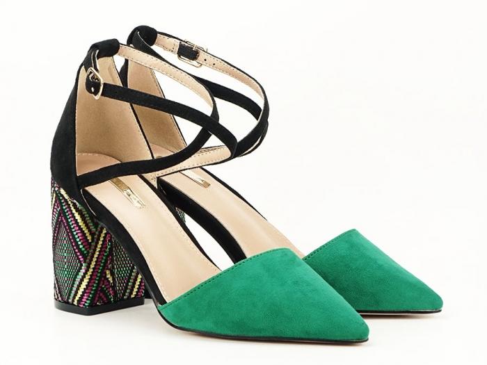 Pantofi decupati lateral cu toc mediu Etnica 1