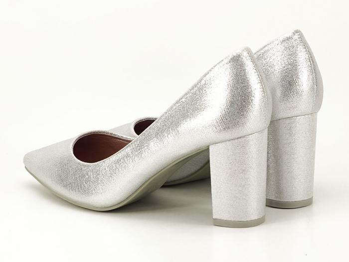 Pantofi eleganti argintii cu toc gros Barbara 1