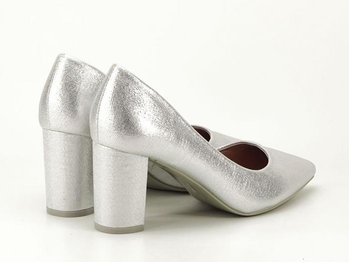 Pantofi eleganti argintii cu toc gros Barbara 3