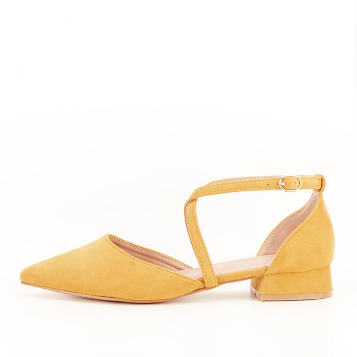 Pantofi galbeni cu toc mic si comod Carmen 1