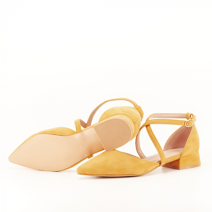 Pantofi galbeni cu toc mic si comod Carmen 4