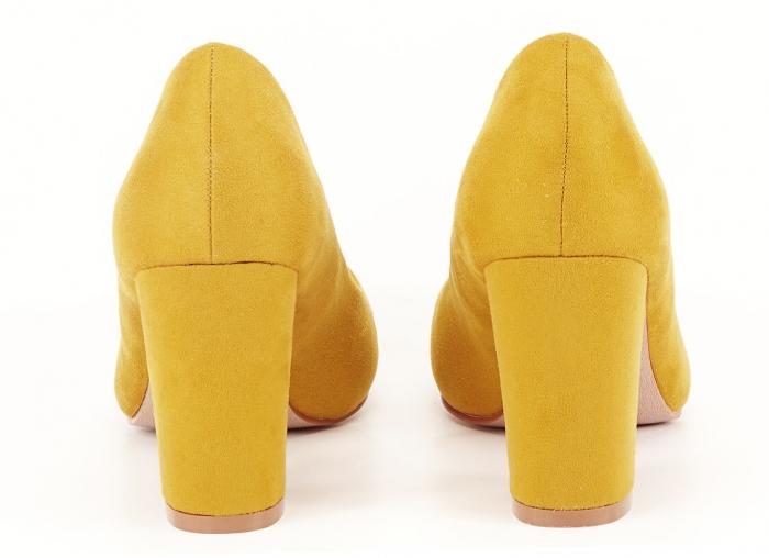 Pantofi din velur galben mustar cu toc gros Anais 3