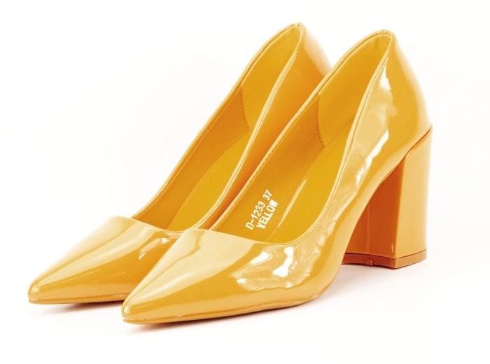 Pantofi galbeni de lac cu toc gros Iris 3