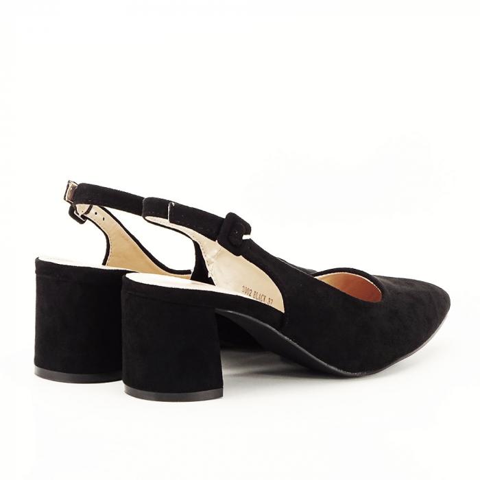 Pantofi negri decupati Cassie 1