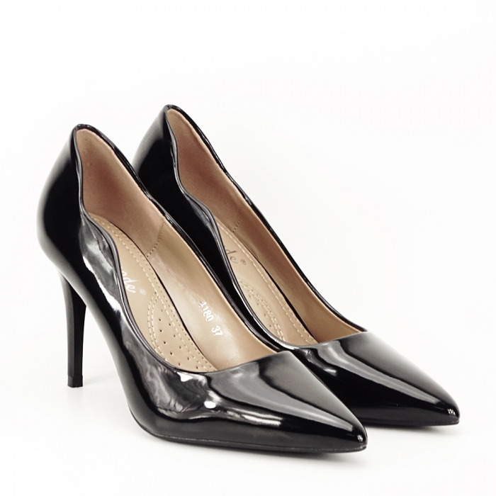 Pantofi negri lacuiti Tiffany 7