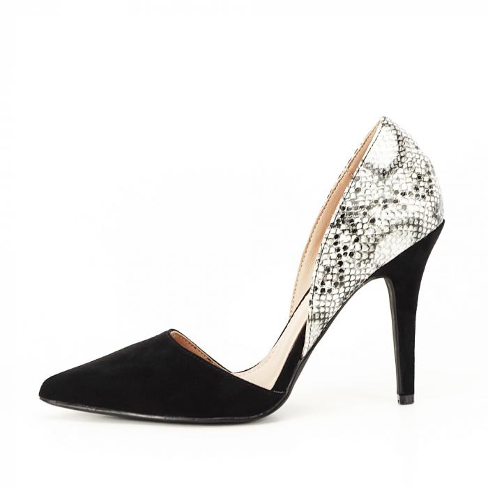 Pantofi negri decupati lateral Lori
