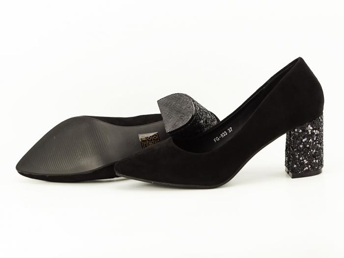 Pantofi negri cu sclipici pe toc Lari 1