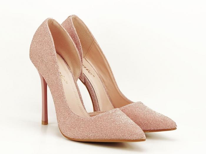 Pantofi roz decupati lateral Dream 5