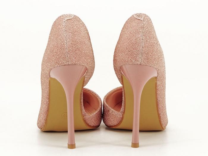 Pantofi roz decupati lateral Dream 3