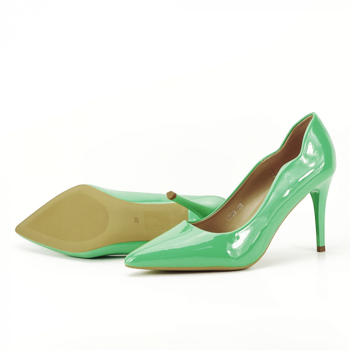 Pantofi verzi lacuiti Tiffany 4