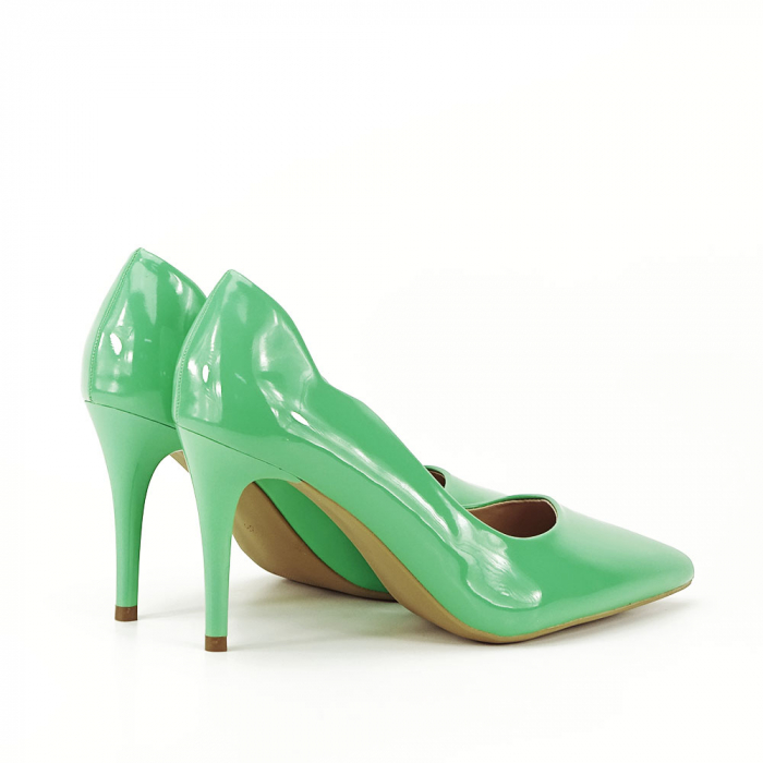 Pantofi verzi lacuiti Tiffany 3