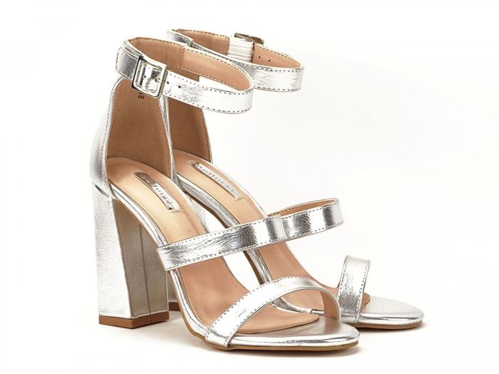 Sandale argintii cu toc gros Evelina 1