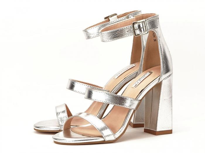 Sandale argintii cu toc gros Evelina 3