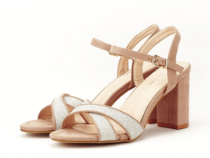 Sandalele elegante bej Carmen 1