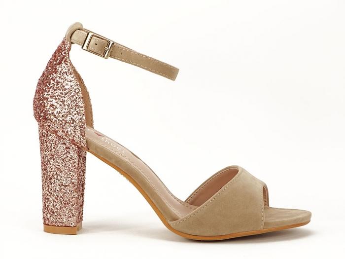 Sandale bej cu sclipici pe toc Amanda 0