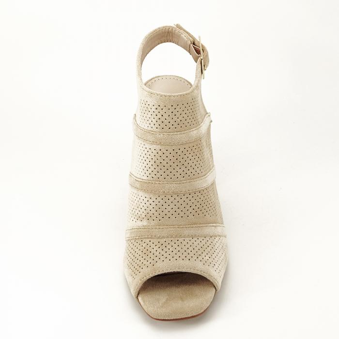 Sandale bej cu toc gros Gianina [3]