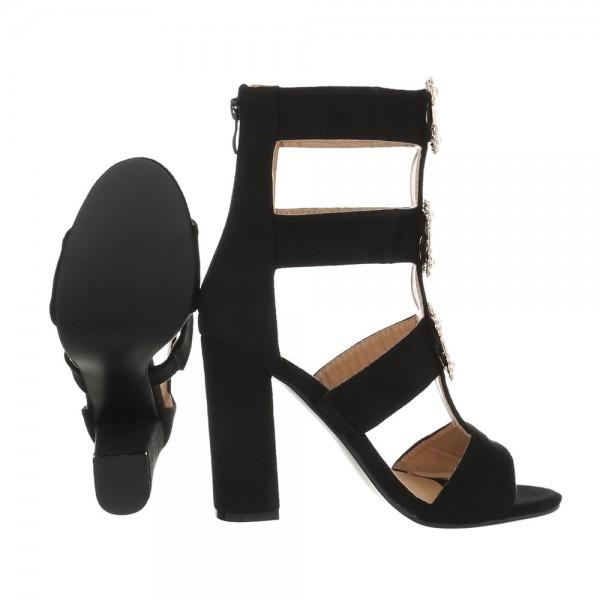Sandale negre cu toc gros decorat cu borse Vanila 2