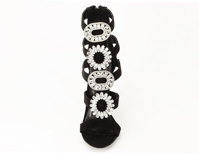 Sandale negre cu toc inalt decorate cu brosa argintie Nadia 5