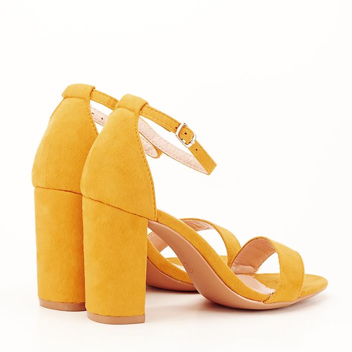 Sandale bej cu toc din piele ecologica 3