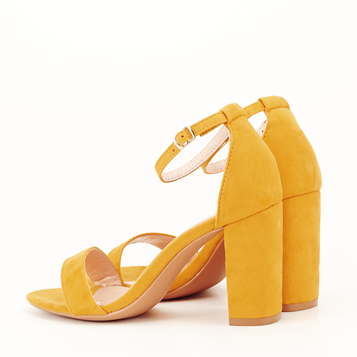 Sandale bej cu toc din piele ecologica 5